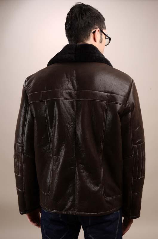 a6d9c609315f Short fur coat