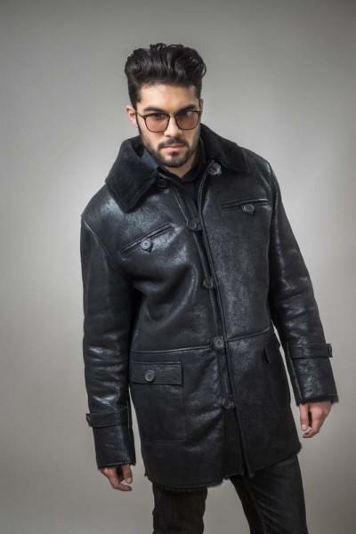 Fur coat for men, made out of natural lamb fur