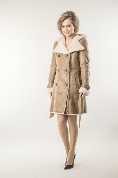 Light brown womens fur coat with nappa leather and trimmed merino lambswool