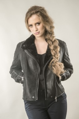 Fur coat for women, made from nappa leather and natural lamb fur