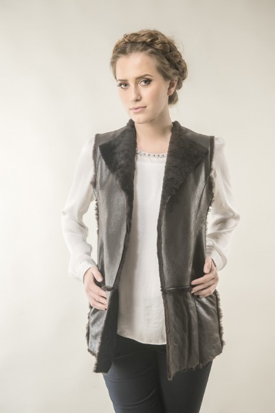 Brown womens fur gilet made from nappa lambskin and sheepswool