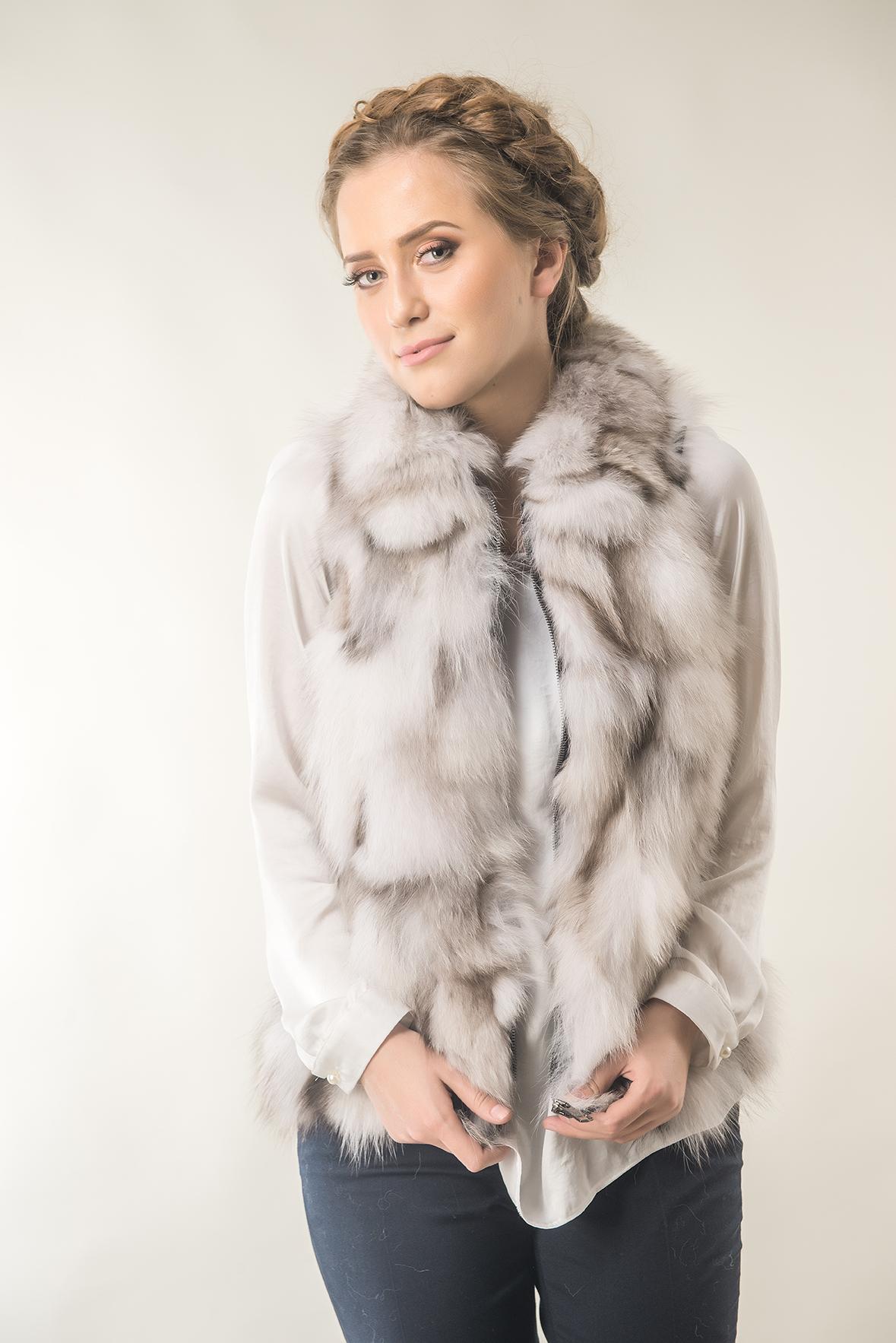 Women fox fur vest