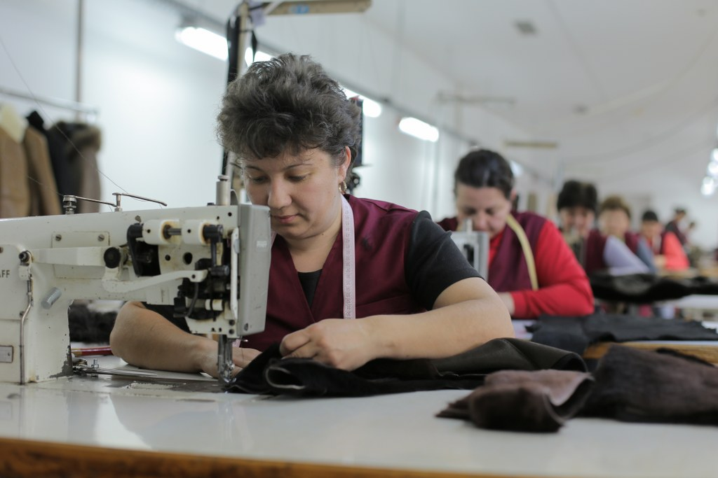vesa fur factory